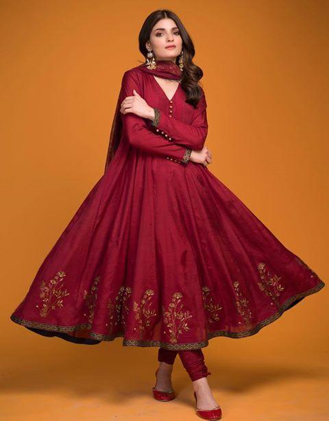 Buy Premium Ladies Dresses on Eid Festival in silk and cotton fabric.