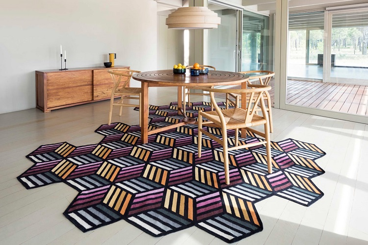 Choosing The Perfect Rug For Your Home: Highlight The Flooring