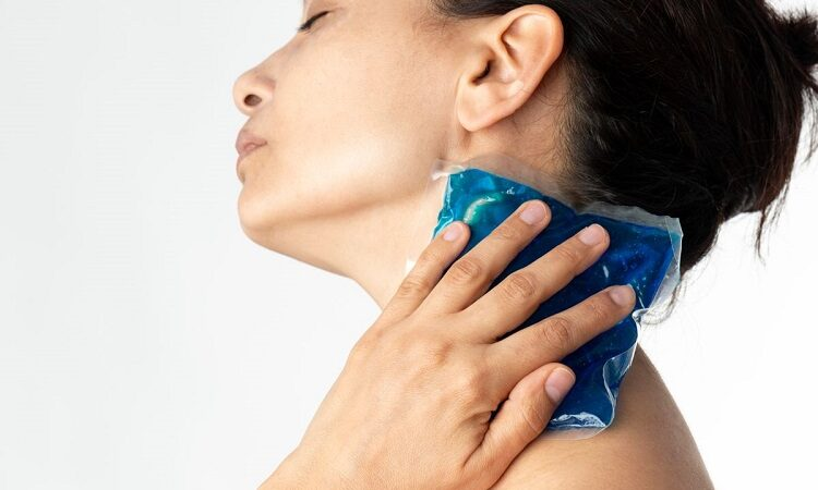 5 Excruciating Neck Pain Causes That Will Keep You up at Night