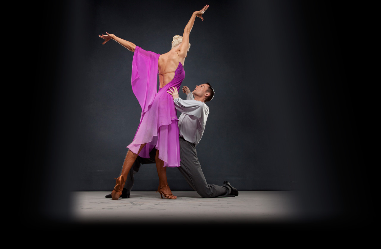 What Kind of Benefits Youth Ballroom Dance Lessons Offer?