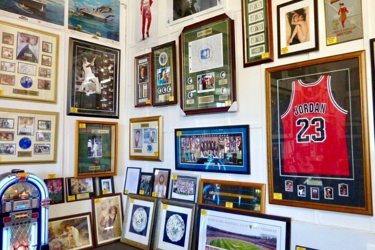 Know The Properties Which Drives The Value Of Sports Memorabilia