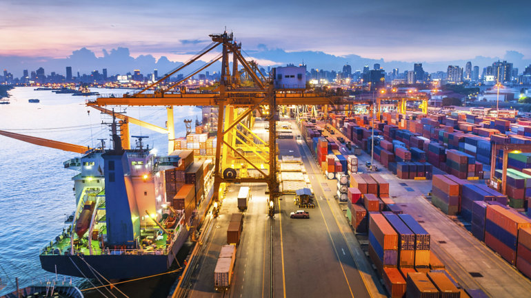 What Are the Advantages of International Trade?