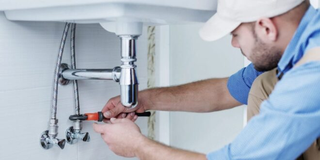 How Can An Emergency Plumber Come In Handy? - HammBurg